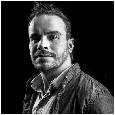 Mickael Meriguet Alpinside Architecte d'intérieur Décorateur Design Chalet Luxe Tignes Création Guerlain Chicherit GCK Lazzaretti Moto Ski Plus beau chalet au monde Chalet Quezac Banksy Tribute Rock and Love