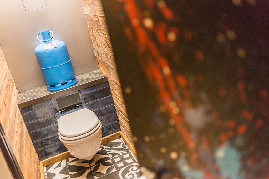 Chalet Banksy Tribute – Toilettes Chambre Bristol