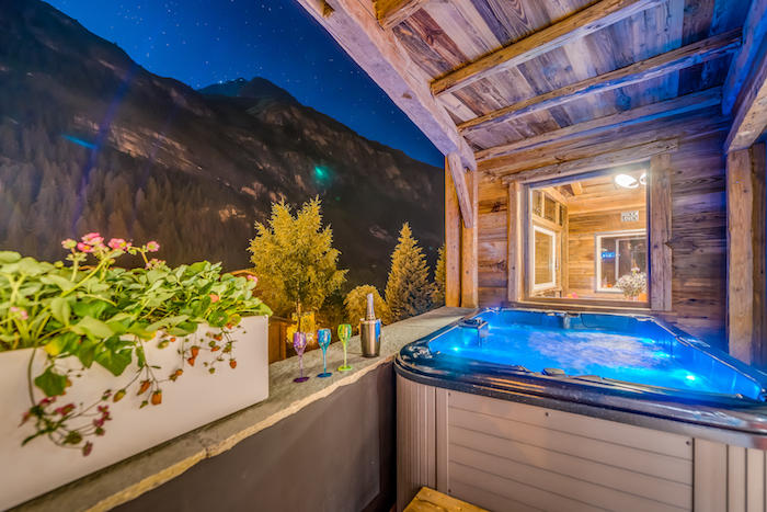 Chalet Rock and Love – Jacuzzi